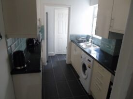 Double Rooms- Professionals Only - No Fees