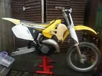 rm 125 1998 prodject bike please read discription