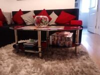 Black Glass Coffe Table + Vase with Red Rose