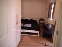 STUDIO FLAT IN STANWELL, HEATHROW