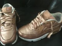 Nike Air Max 90 Metallic Gold Trainers