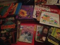 CHILDRENS BOOK BUNDLE/JOBLOT