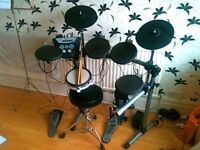 Roland TD-6V Electronic Drum Kit - CAN DELIVER TO LEEDS, LIVERPOOL, SHEFFIELD