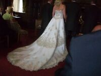 Italian Concertina Wedding dress Size 12