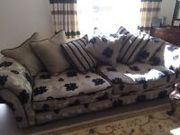 DFS large 4 seater sofa in very good condition