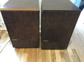 Vintage BOSE 501 series II Speakers - large
