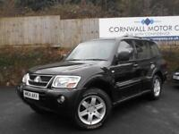 MITSUBISHI SHOGUN 3.2 EQUIPPE WARRIOR LWB DI-D 5d AUTO 159 BHP NEW MOT AND SERVICE (black) 2004