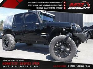 2014 Jeep Wrangler Unlimited Sahara - Auto - Lift kit - Mags 20'
