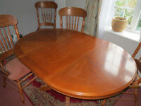 Extentable Dining Table & 6 high backed chairs