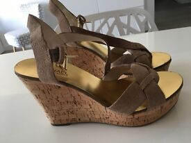 Michael Kors wedges size 39