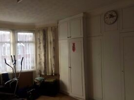 Fantastic 4 Bedroom House To Let in Ilford, Rent £1950