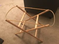 Foldable Moses basket stand