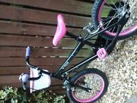 "16"" Tinkerbell bike with matching helmet"