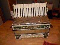 Rare Stunning Vintage Hohner Verdi 1 Piano Accordion - German vintage musical instrument