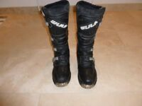 wulf track motocross boots size 10