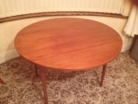 """MUST GO!!! Solid wood 48"""" round table - 2 folding leaves!!!"""
