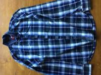 Men's long-sleeved chequered shirt