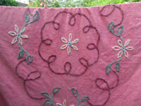 BEAUTIFUL VINTAGE PINK FLORAL DOUBLE CANDLEWICK BED SPREAD COVER