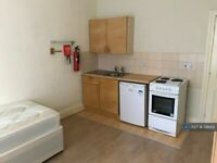 1 bedroom in Blenheim Gardens, London, NW2 (#799412)