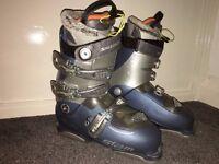 Solomon Siam 8.0 Ski Boots