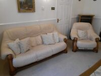 Beige Leather 3 Seater Sofa & 2 Armchairs with Medium Oak Frame & Drawers £199