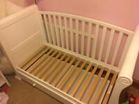 Cot bed - white sleigh design - 2 in 1 convertible cot with draws