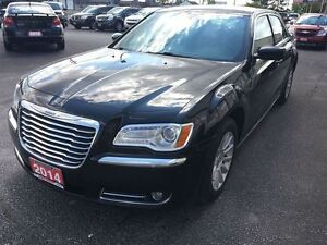 2014 Chrysler 300 Touring VOICE COMMAND HEATED MIRRORS ALLOY WHE Windsor Region Ontario image 5