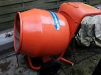 Belle 240v cement mixer mini 150.