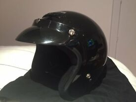 SCOOTER/MOTORCYCLE HELMET SIZE M– IMMACULATE