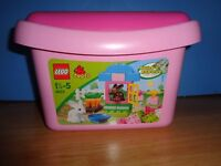 Lego Duplo Set in a Pink Brick Box 4623 includes rabbits