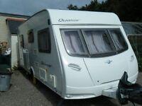 lunar quasar fixed bed caravan with motor mover 2008