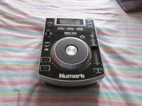 NUMARK NDX 200 DJ CD DESK TOP DECK TURNTABLE