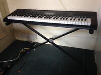 Casio CTK-3200 keyboard in great condition + stand