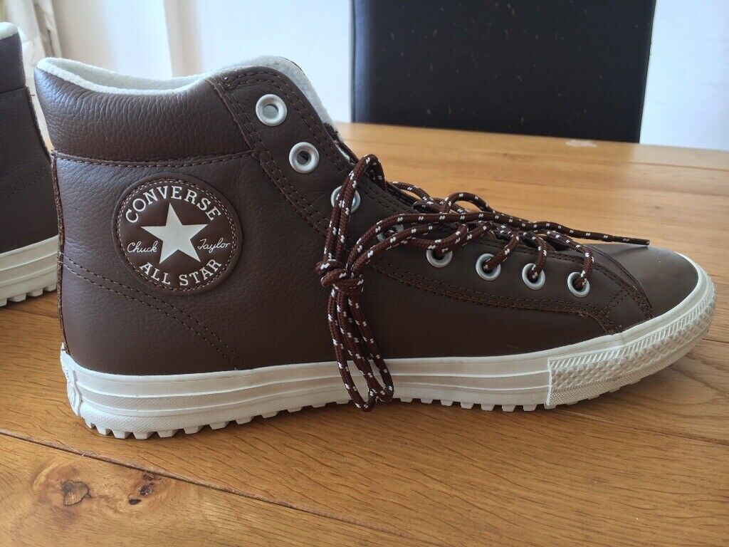 b57daa285930 Men s size 10 leather Converse brand new