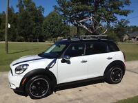 Official Mini roof rack and bike rack kit for two bikes