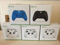 XBOX ONE CONTROLLER - BLACK / WHITE COLOUR - BRAND NEW AND SEALED FOR XBOX ONE CONSOLE