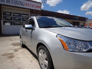 2010 Ford Focus SE CERTIFIED Kitchener / Waterloo Kitchener Area image 7