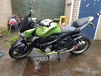 Kawasaki z1000 2010 abs 11 months mot