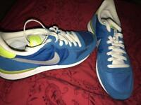 Nike Shoes- Size 8
