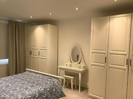 Lovely 2 Bedroom Flat just 2 minutes walk from Putney Bridge Station