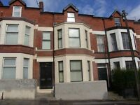 2 Bedroom flat recently refurbished to rent
