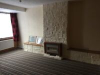 2 bedroom house refurbished great condition fully furnished