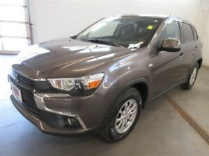 2016 Mitsubishi RVR SE- 4X4! BACK-UP CAM! ALLOYS! HEATED SEATS!