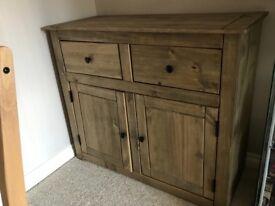 Oak sideboard / cabinet