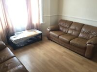 MARVELOUS THREE BEDROOM HOUSE TO LET IN FOREST GATE/ AVAILABLE NOW !!