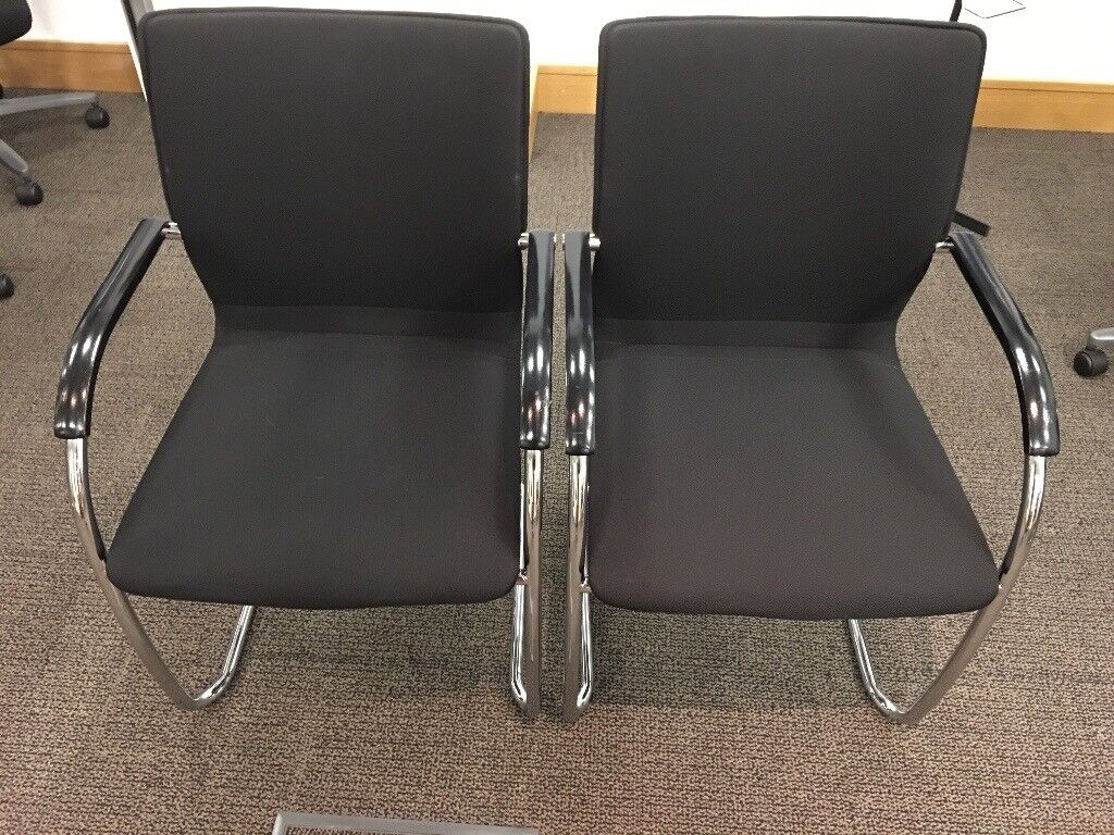 Giroflex conference chairs x2 (black colour)