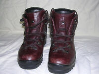 Leather Scarpa walking boots, as new, size 37, vibram soles, Italian made.