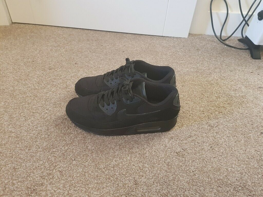 info for 49ecb deaec Nike air max 90 Essential triple black uk 9 | in Leith, Edinburgh | Gumtree
