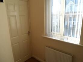 Furnished single room in a lovely modern house