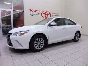 2015 Toyota Camry * GR ELECT * A/C * 44 000 KMS *